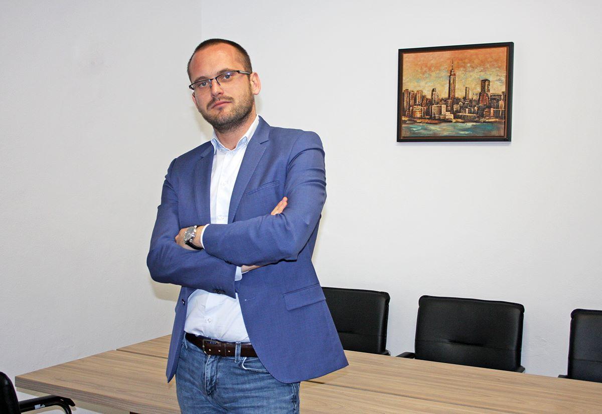 Тодор Манев